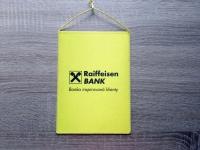 Reklamní vlaječka Raiffeisen Bank