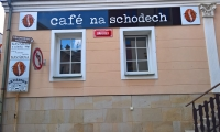 Cafe na schodech